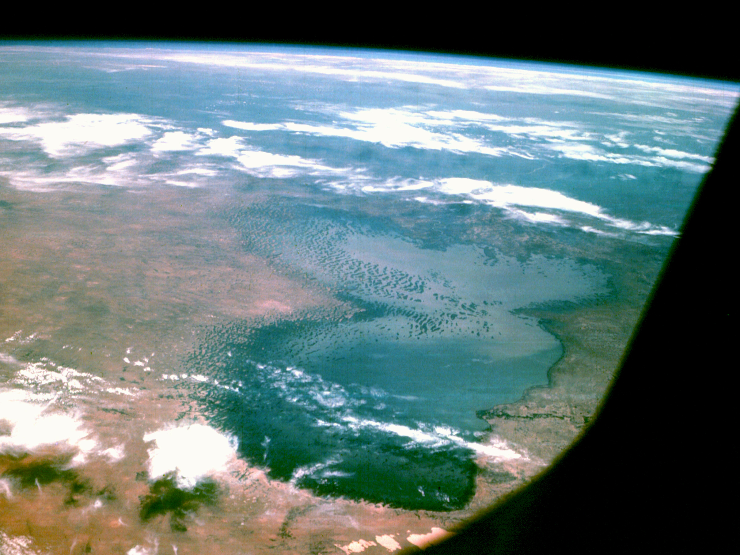 lake_chad_from_apollo_7