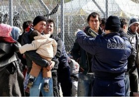 immigrants-greece-450x313[1]